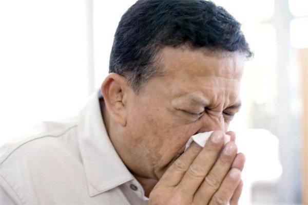 выделения из носа