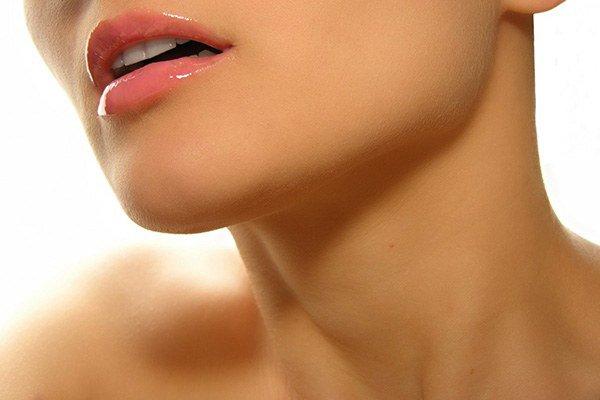 Аллергическая сыпь на шее