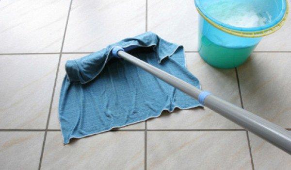 ежедневная влажная уборка