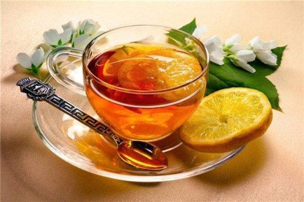 черный чай с лимоном