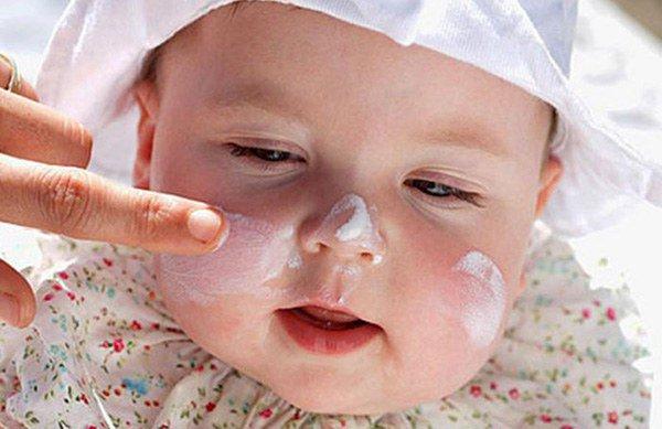 нужно пользоваться гипоаллергенными кремами