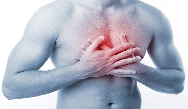 тяжесть в области груди