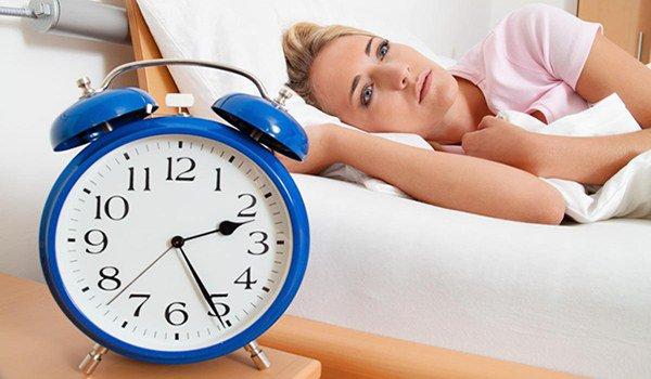 нарушения режима отдыха и сна
